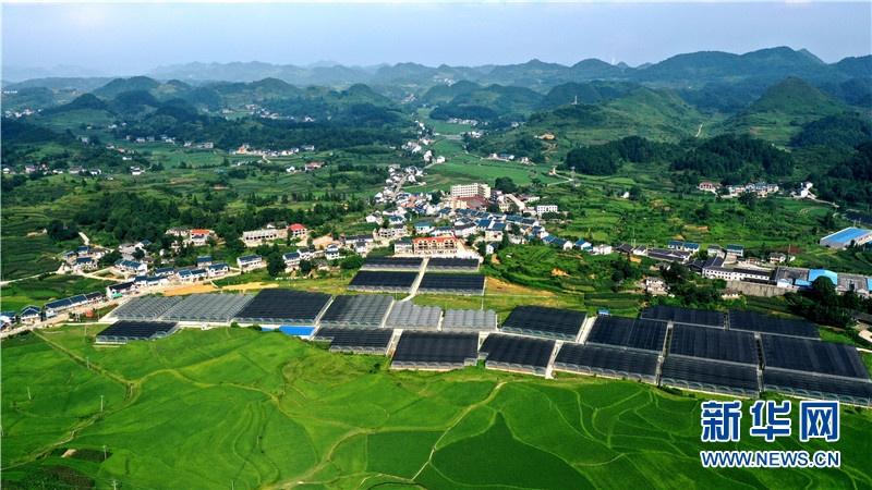 """航拍贵州花茂村:""""农旅文一体化""""打造美丽新农村"""