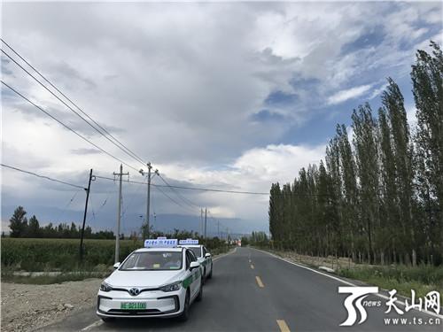 温泉县在6月专门开通了旅游巴士