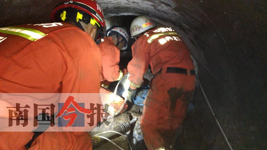 柳州一在建工地突发塌方 两人逃生一人被困(图)