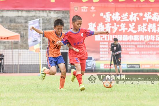 前國腳楊璞寄語廣西校園足球:基層教練水平很重要