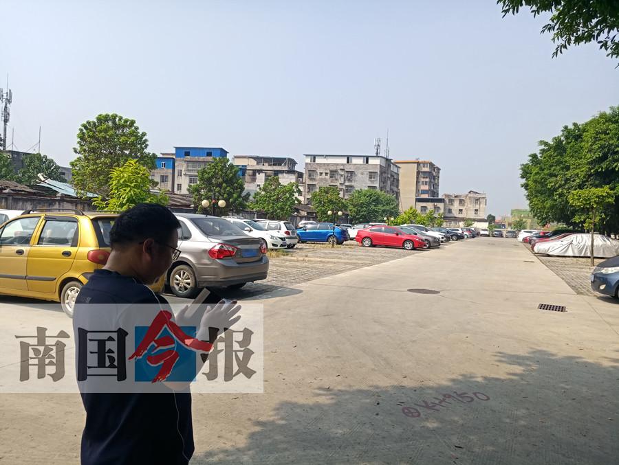 柳州一小区停车场要拆,400辆小车何处放?(图)