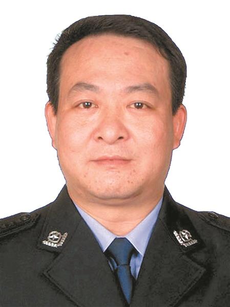 黄文秀、蒙晓梅、蓝连青荣膺第七届全国道德模范