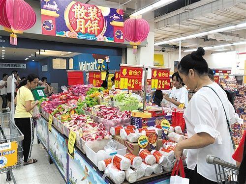 记者走访南宁月饼市场 过度包装