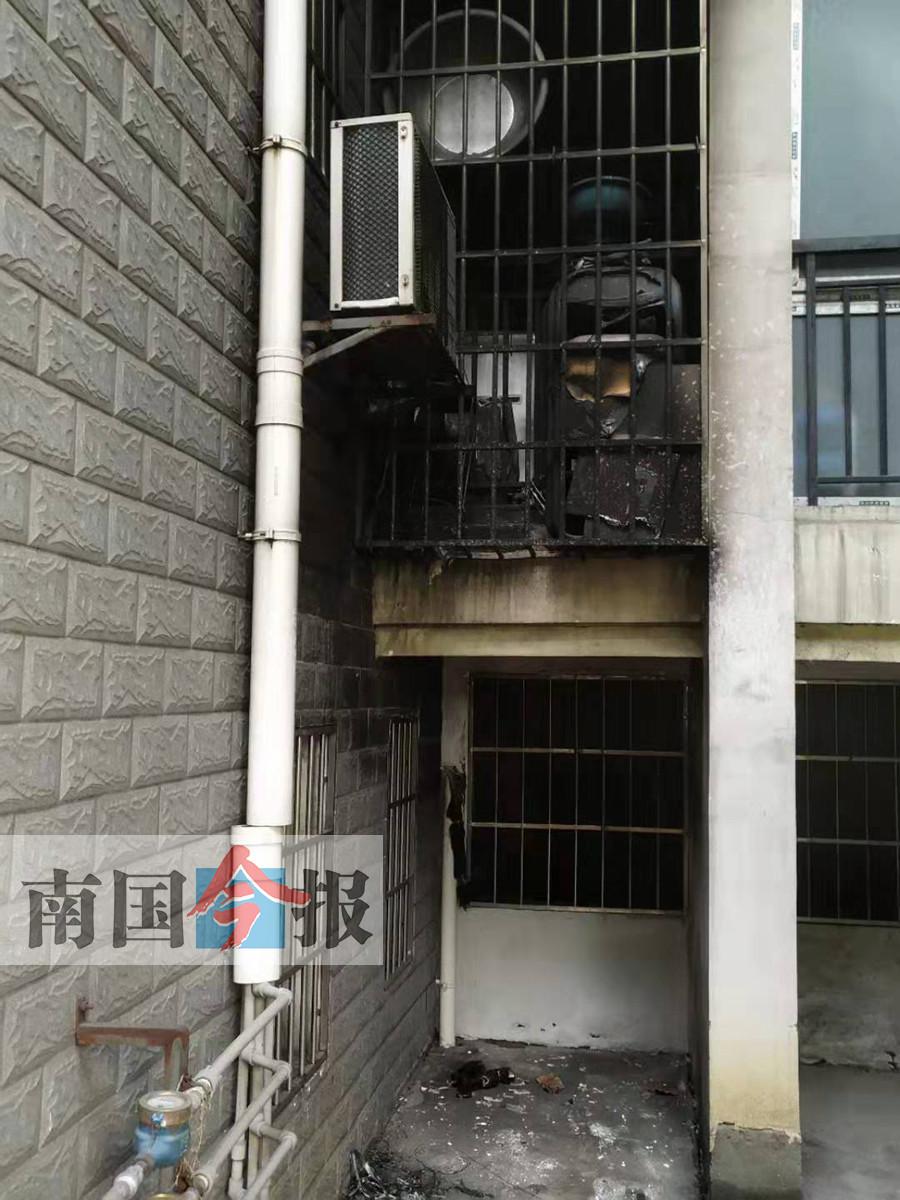 柳州:3名熊孩子玩火闯祸 差点就烧了别人家(图)
