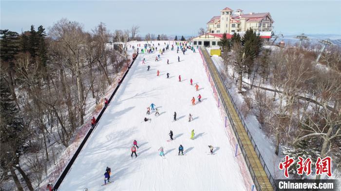亚布力滑雪旅游度假区打造冰雪旅