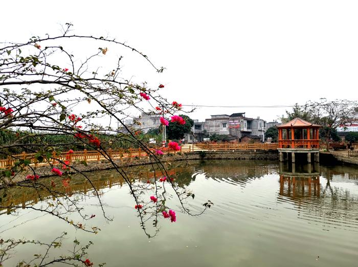 板谭屯:乡村旅游带动群众脱贫致富