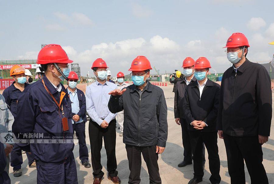 陈武到防城港、钦州检查重大项目复工情况
