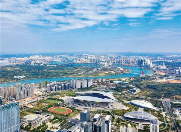 南宁:保卫蓝天碧水净土 持续增进民生福祉
