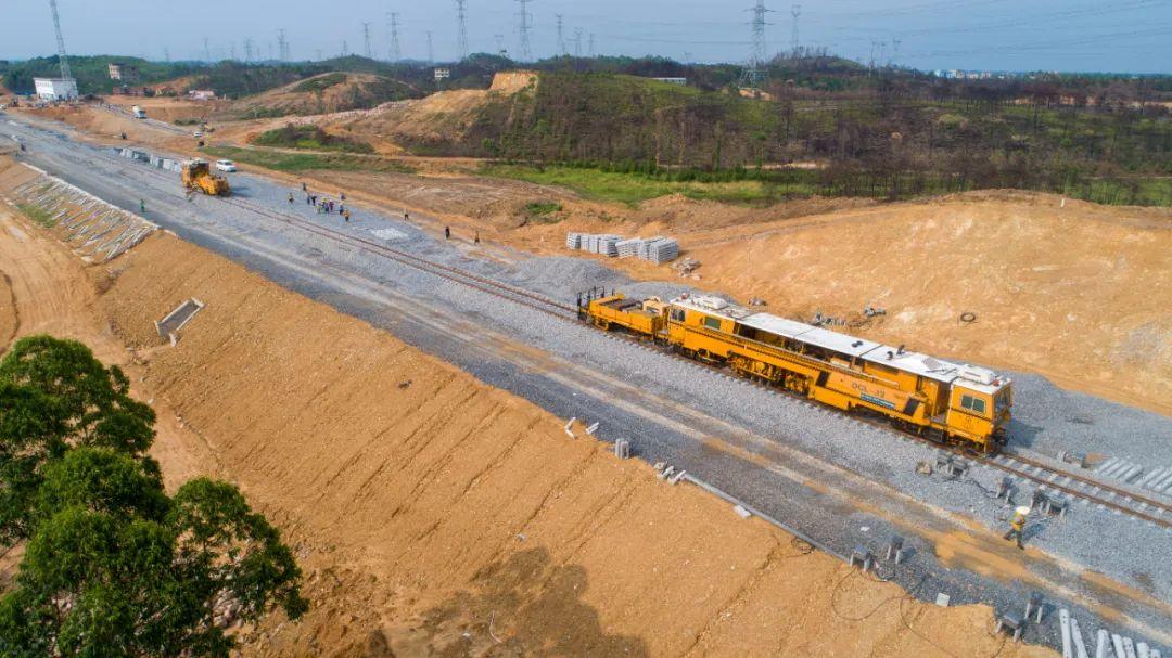 广西又一重大铁路工程将建成,涉及千亿元产业!