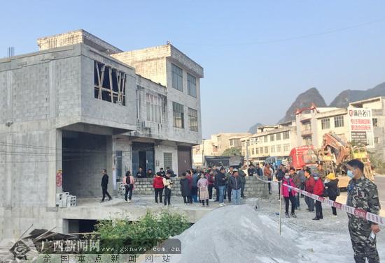 大化:严查打击新增农村乱占耕地建房问题