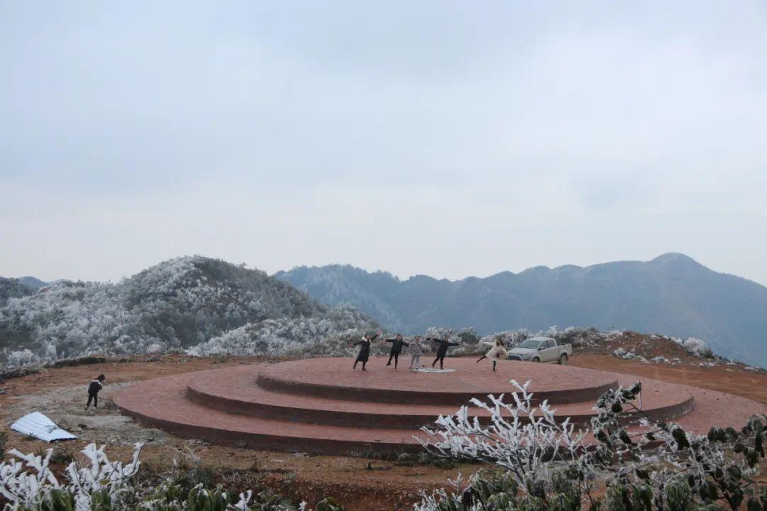 今天,广西多地雪花飘飘 ,你那里下雪了吗?