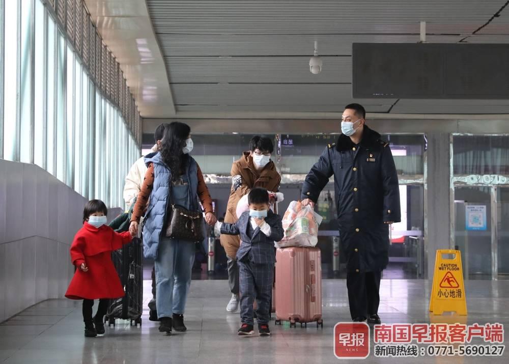 春节假期倒计时1天!广西人返程必看,避免堵堵堵