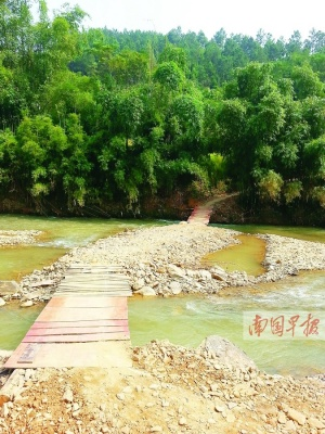 梧州苍梧拆除危桥称年内重建 一年过去新桥仍无影