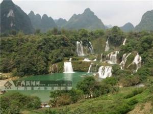 探访中国最美瀑布——德天跨国瀑布