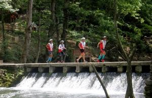 第九届中国・百色国际山地户外运动挑战赛开幕