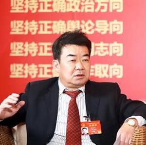 张福维代表:药品零差价 让群众看病更实惠
