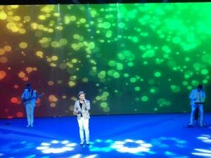提升城市文化品位 中外乡村歌手演唱会嗨翻柳州