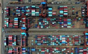 一带一路·好通道 俯瞰广西钦州保税港区