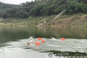 积极备战全运 广西游泳队到百色澄碧湖进行训练