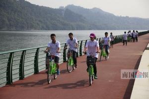 【砥砺奋进的五年】自行车红马路 感受柳州城市慢生活