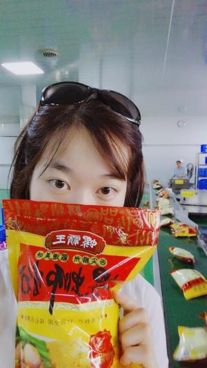 舌尖上的螺蛳粉!想吃老板就送哦!虾米还要挑战大胃王~