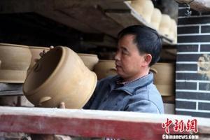贵州500年传统土陶工艺的转型路 创新焕发新机