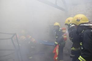 百色太平街高坡巷一瓦房着火 一人不幸遇难