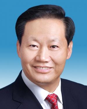 自治区第十三届人大常委会主任彭清华同志简历