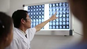 二等奖《长大了我想当一名医生》----广西医科大学附属肿瘤医院
