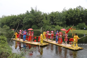 钦州:山海欢歌庆佳节 八寨情浓迎宾客