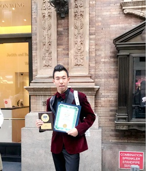广西歌唱家吴柏成国际比赛夺冠