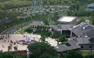 高清组图:记者体验游览南宁江南公园