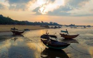 高清组图:台风逼近前 钦州三娘湾晨光如画
