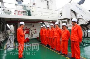 钦州海事巡逻船艇船员学习消防救生
