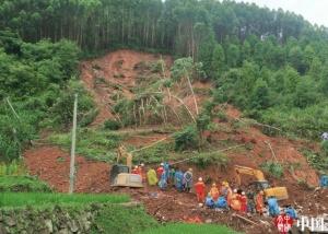 高清:受强降雨袭击 百色多县灾情频发