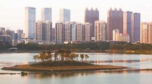12日焦点图:景观岛初具雏形 新款南湖即将呈现