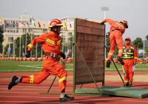 高清:消防大比武 ag电子游戏哪个最会爆代表队捷报频传