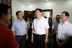 自治区党委副书记孙大伟到广西科协调研指导工作