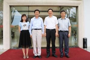 中国农技协理事长柯炳生到广西开展工作调研