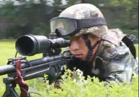 看了武警南宁支队的特战小哥哥打靶,呼吸都快停止了!