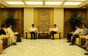 自治区副主席费志荣带队拜访中国科协