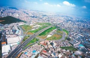 高速通 事事通(壮阔东方潮 奋进新时代·庆祝改革开放40年·畅行高速公路 共话改革发展)