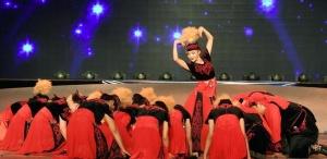 哈萨克族民俗风情歌舞剧精彩上演