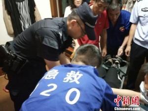 孕妇与丈夫起争执欲轻生 杭州民警一句话解危局