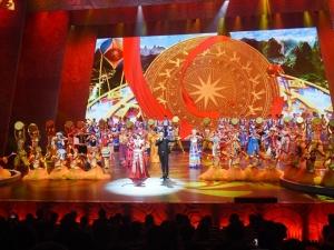 高清图:第20届南宁国际民歌艺术节晚会精彩上演