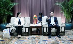 曹坤华会见亚太技术转移中心主任榎本道子
