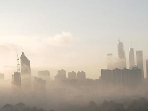 """手机pt电子技巧现""""辐射雾""""景观 云雾缭绕宛如仙境(组图)"""