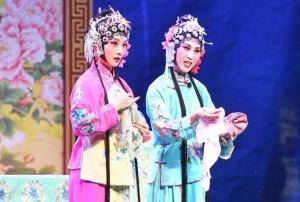济南:百姓大舞台 欢乐迎中秋