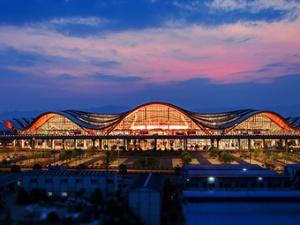 10月1日焦点图:桂林两江国际机场T2航站楼启用