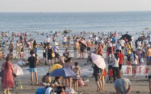广西旅游市场新老景区各显神通吸引人气